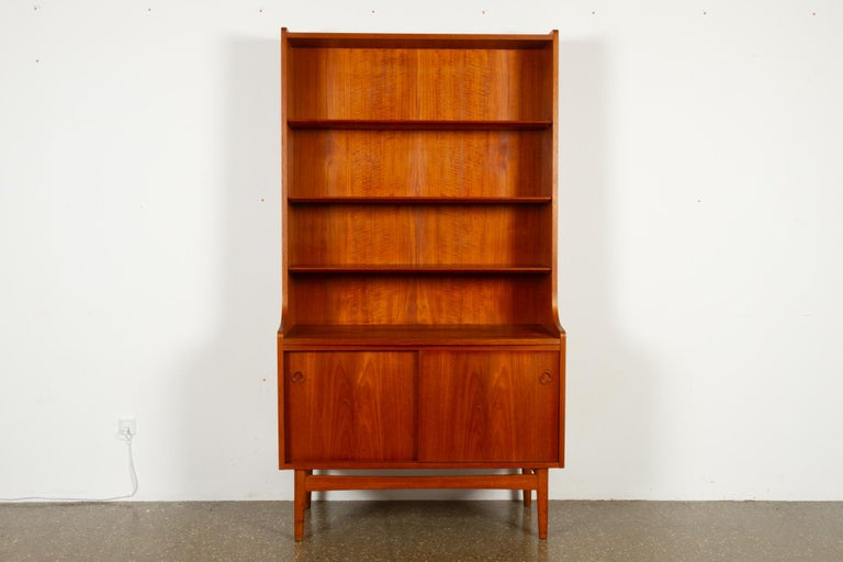 Mid-Century Modern Danish teak bookcase, 1960s