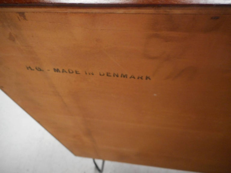 Mid-Century Modern Danish Teak Cabinet with Hairpin Legs For Sale 5
