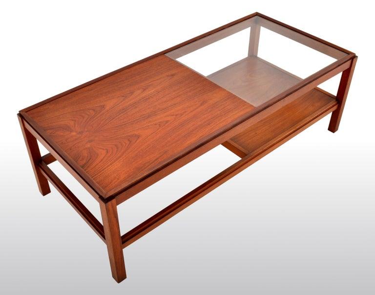 Mid-Century Modern Danish Teak Coffee Table, 1960s For Sale 4