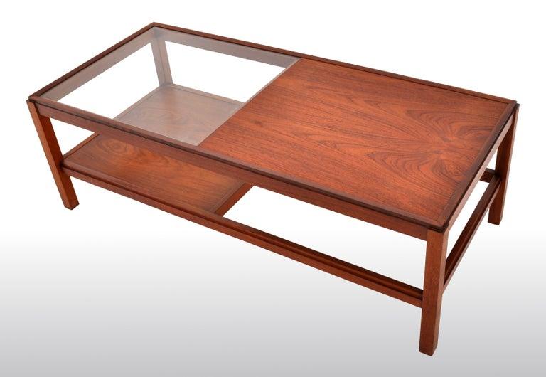 Mid-Century Modern Danish Teak Coffee Table, 1960s For Sale 5