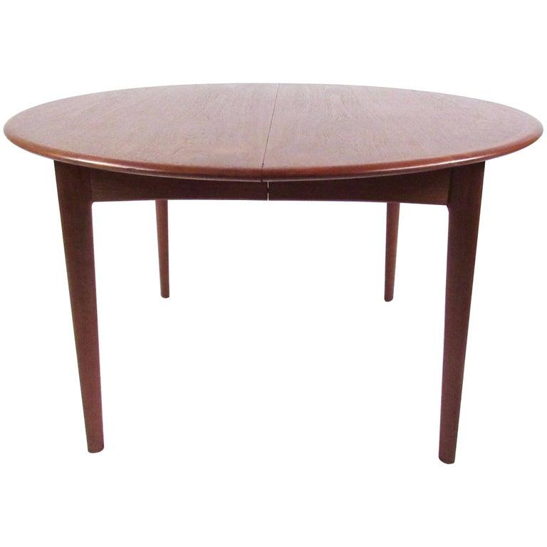 Mid-Century Modern Danish Teak Dining Table For Sale