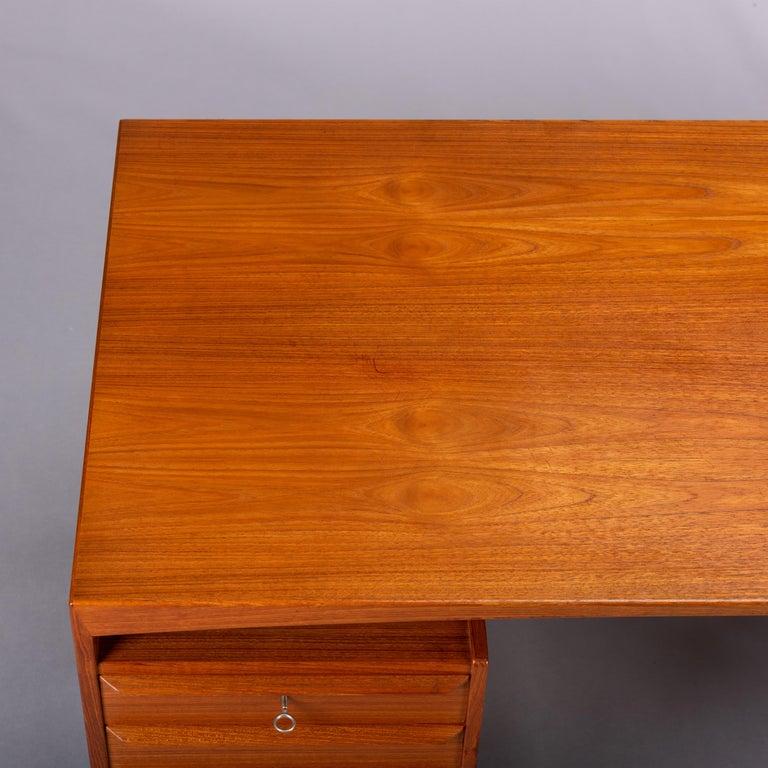 Mid-Century Modern Danish Teak Freestanding Desk by Valdermar Mortensen, 1960s For Sale 6