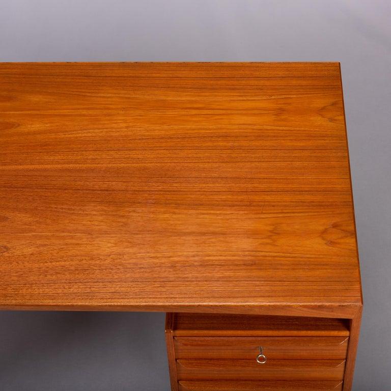 Mid-Century Modern Danish Teak Freestanding Desk by Valdermar Mortensen, 1960s For Sale 8