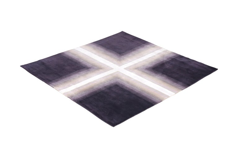 Made with unique blend of hand knotted New Zealand wool, all natural silk, and exotic proprietary yarns as a 6 x 6 square rug, this Deco rug hails from the latest additions to the Mid-Century Modern Collection by Rug & Kilim, the first