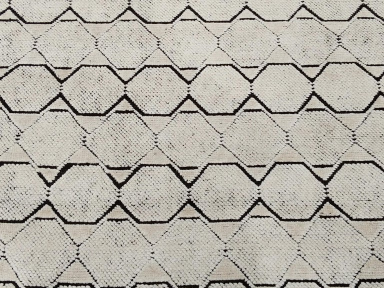 Hand-Knotted Mid-Century Modern Design Textural Ivory Geometric Octavia Rug For Sale