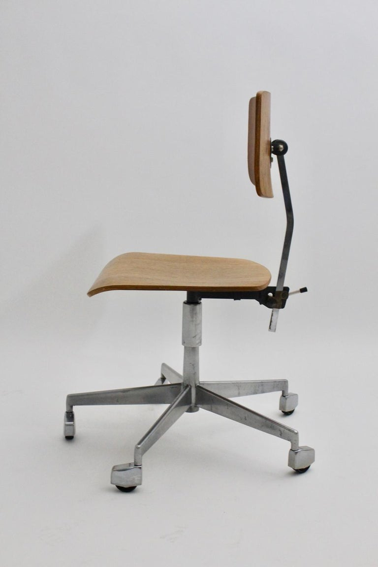 Mid-Century Modern Desk Chair by Jorgen Rasmussen Metal Oak Denmark, circa 1950 In Good Condition For Sale In Vienna, AT