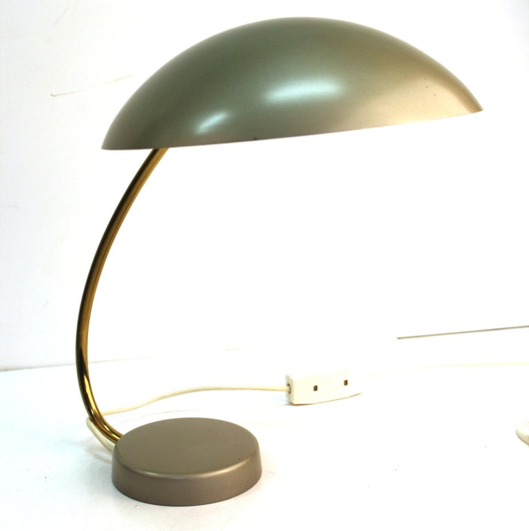Mid-Century Modern Desk Lamp In Good Condition For Sale In New York, NY