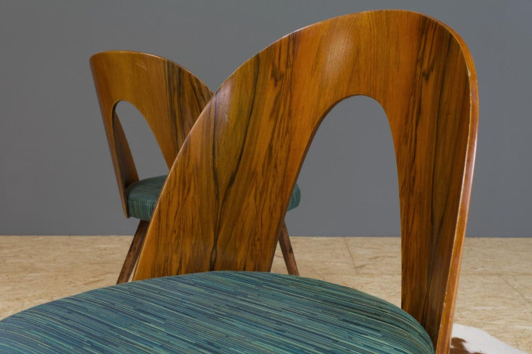 Czech Mid-Century Modern Dining Chair Bent Plywood Back in by Antonin Šuman For Sale