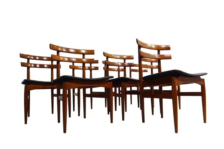 Mid-Century Modern Dining Chairs, 8 Model 30 Poul Hundevad Dining Chairs For Sale 1