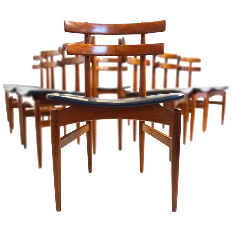Mid-Century Modern Dining Chairs, 8 Model 30 Poul Hundevad Dining Chairs For Sale