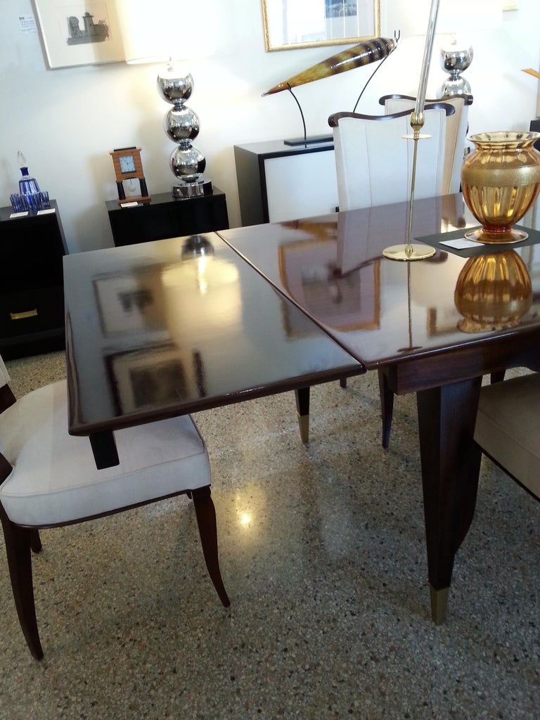 Mid-Century Modern Dining Room Table For Sale 5