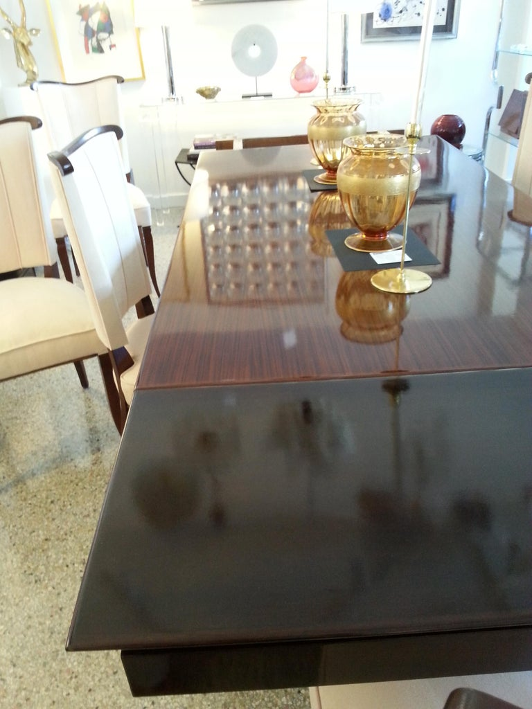 Mid-Century Modern Dining Room Table For Sale 8