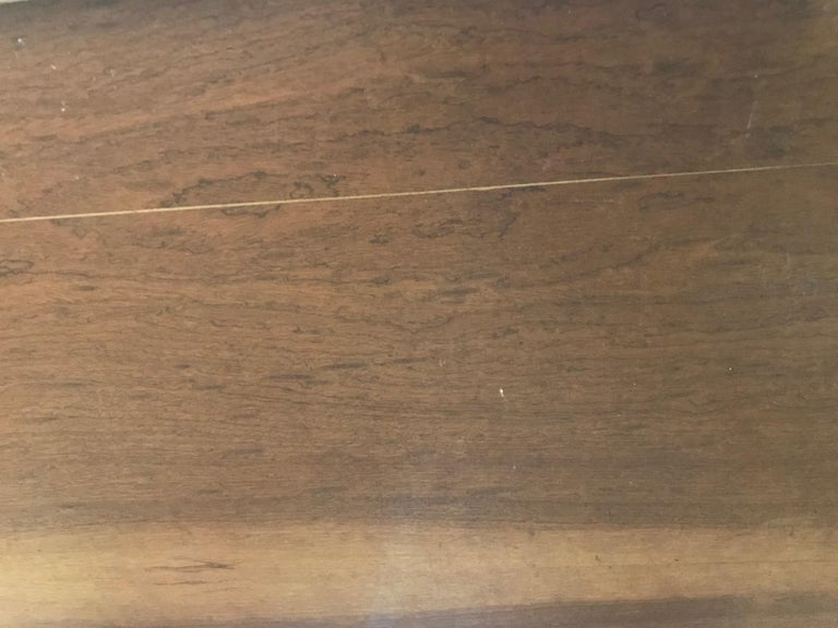 Mid-Century Modern Dining Room Table For Sale 9