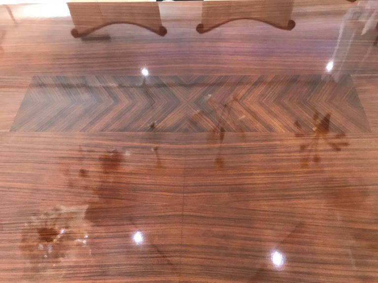Mid-Century Modern Dining Room Table In Good Condition For Sale In West Palm Beach, FL