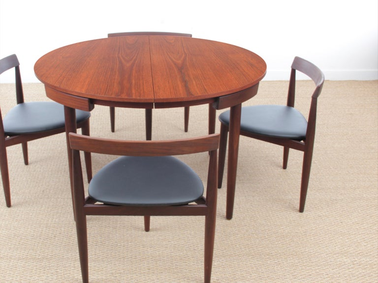 Mid-Century Modern Dining Set by Hans Olsen for Frem Rojle In Good Condition For Sale In Courbevoie, FR