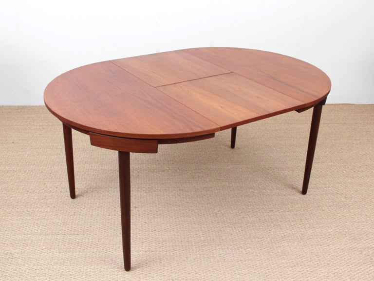 Mid-Century Modern Dining Set by Hans Olsen for Frem Rojle For Sale 1