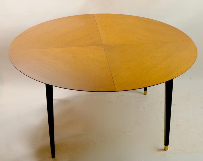 20th Century Mid-Century Modern Dining Table For Sale
