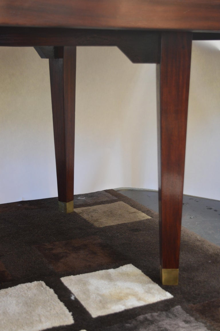 Mid-Century Modern Dining Table For Sale 4
