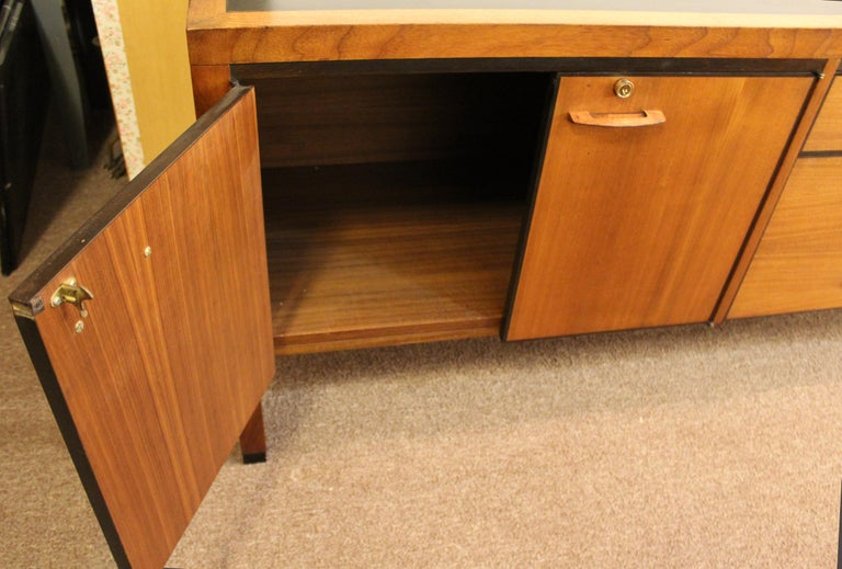 Wood Mid-Century Modern Directional 4 Drawer Executive Credenza, 1960s For Sale