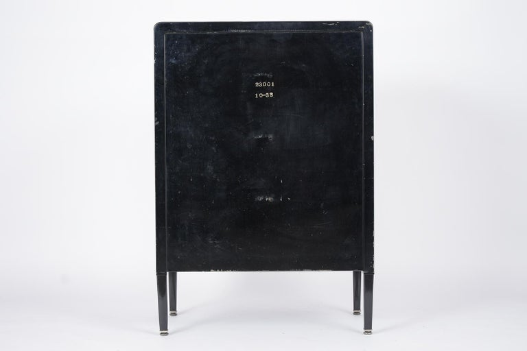 1960's Mid-Century Modern Lacquered Chest of Drawers For Sale 2