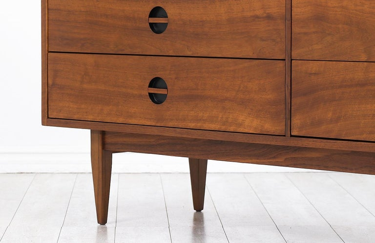 Mid-Century Modern Dresser with Lacquered Bowtie Style Drawers 4