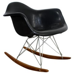 Mid-Century Modern Early Charles Eames Eiffel Tower Rocker Rocking Chair, 1950s