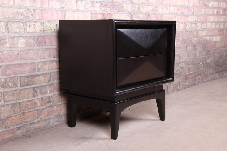 American Mid-Century Modern Ebonized Sculpted Walnut Diamond Front Nightstand by United For Sale