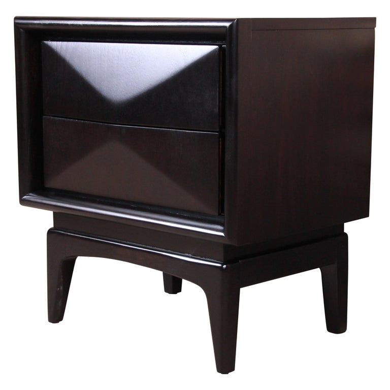 Mid-Century Modern Ebonized Sculpted Walnut Diamond Front Nightstand by United For Sale