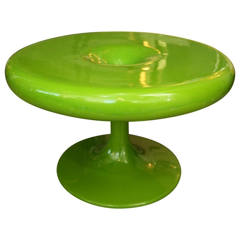 Mid-Century Modern Eero Aarnio Kantarelli Fiberglass Occasional / Side Table For Sale