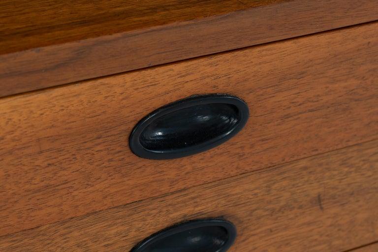Mid-Century Modern End Table Finn Juhl Style For Sale 4