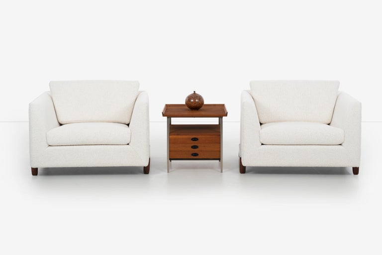 Mid-Century Modern End Table Finn Juhl Style For Sale 5