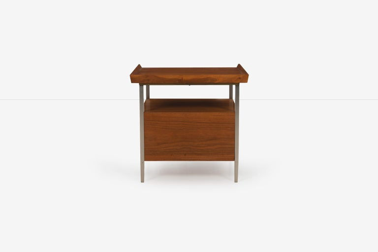 Mid-Century Modern End Table Finn Juhl Style For Sale 1