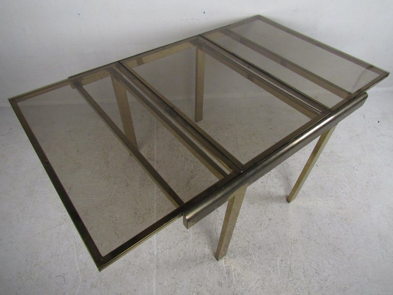 Mid-Century Modern Expanding Brass Dining Table with a Smoked Glass Top For Sale 3