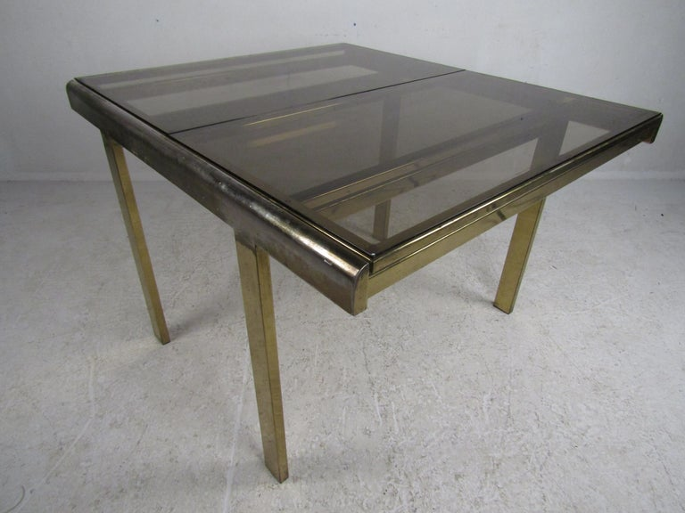 Mid-Century Modern Expanding Brass Dining Table with a Smoked Glass Top For Sale 4