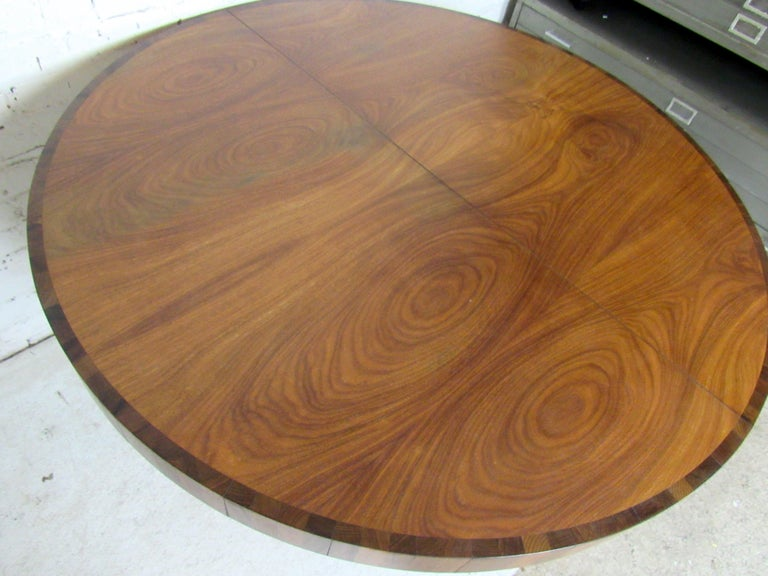 Mid-Century Modern Extendable Dining Table 1