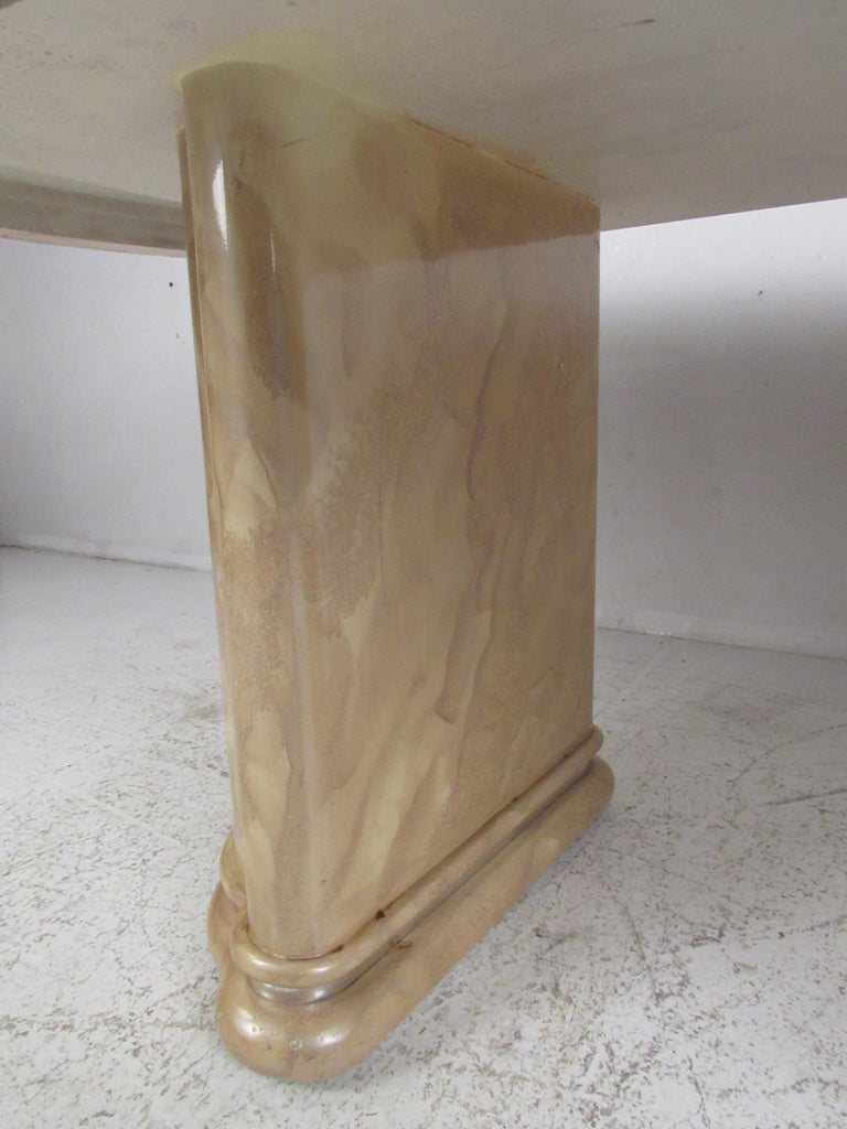 Mid-Century Modern Faux Marble Dining Table For Sale 5