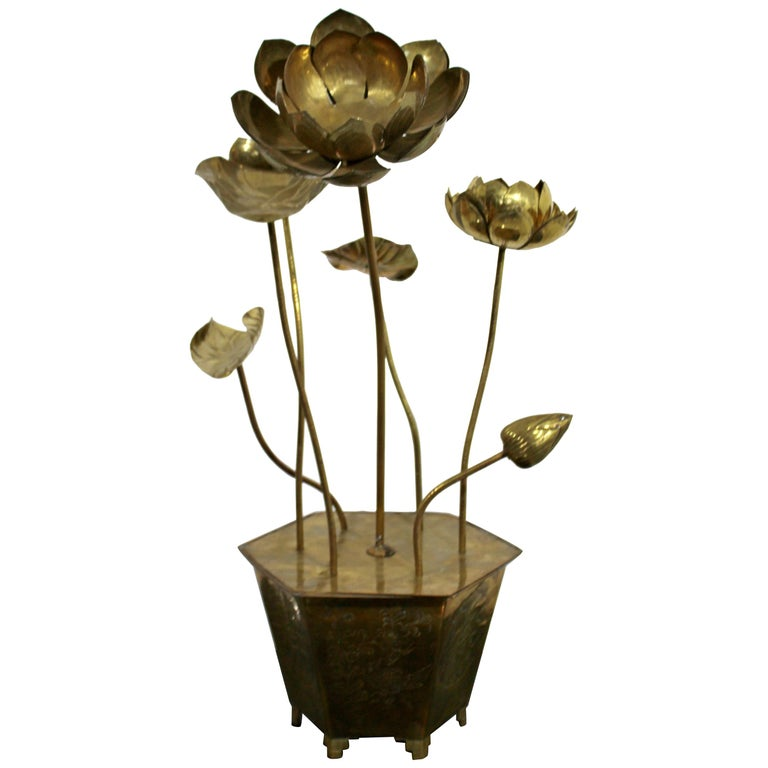 Mid-Century Modern Feldman Chinoiserie Brass Lotus Sculpture Jere Era, 1970s For Sale
