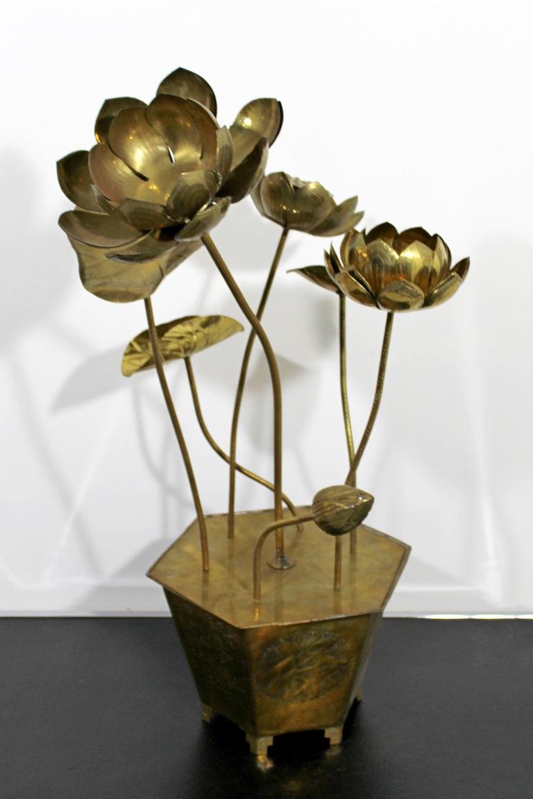 Late 20th Century Mid-Century Modern Feldman Chinoiserie Brass Lotus Sculpture Jere Era, 1970s For Sale