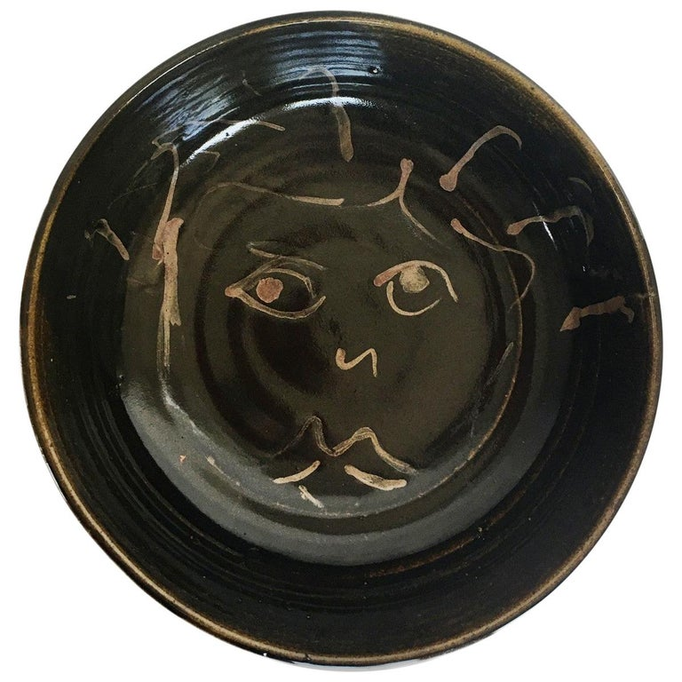 Mid-Century Modern Figural Face Ceramic Pottery Bowl For Sale