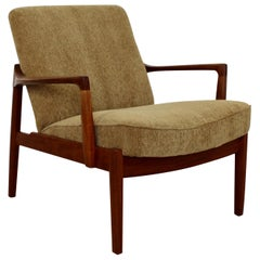 Mid Century Modern Danish 135 Teak Lounge Chair by Tove & Edvard Kindt-Larsen