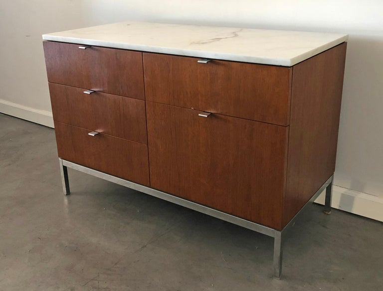 Another great find! This midcentury Florence Knoll Credenza is in great shape with a Carrera marble top. Both sides of this piece are finished, so it can