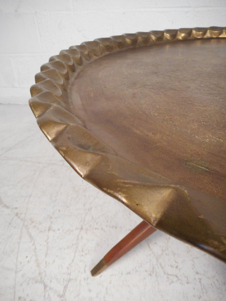 Mid-Century Modern Folding Cocktail Table with Brass Tabletop In Good Condition For Sale In Brooklyn, NY