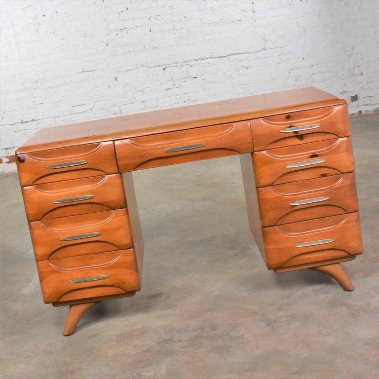American Mid-Century Modern Franklin Shockey Sculpted Pine Double Pedestal Desk or Vanity