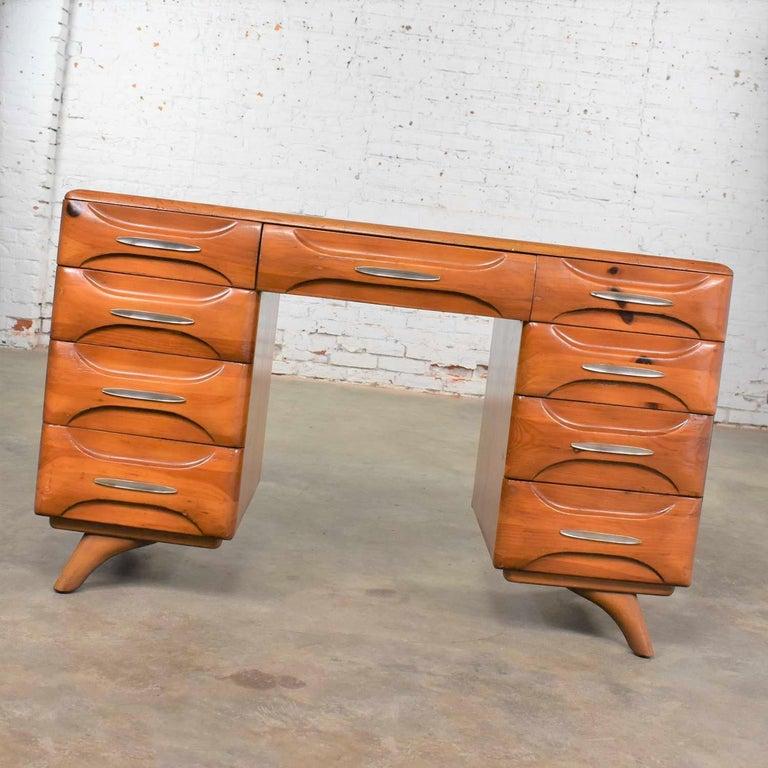 20th Century Mid-Century Modern Franklin Shockey Sculpted Pine Double Pedestal Desk or Vanity