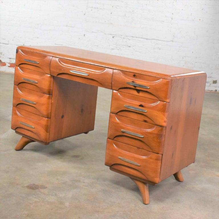 Mid-Century Modern Franklin Shockey Sculpted Pine Double Pedestal Desk or Vanity 1