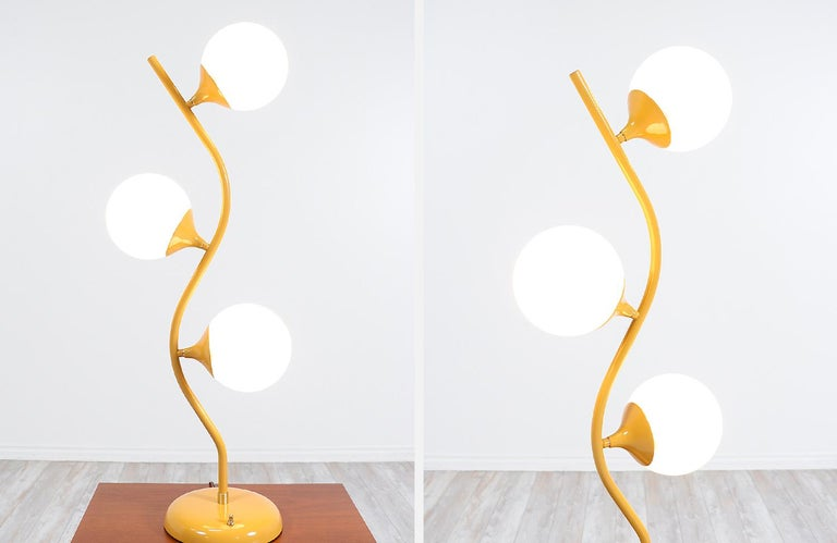 Mid-Century Modern Freeform Table Lamp For Sale 4