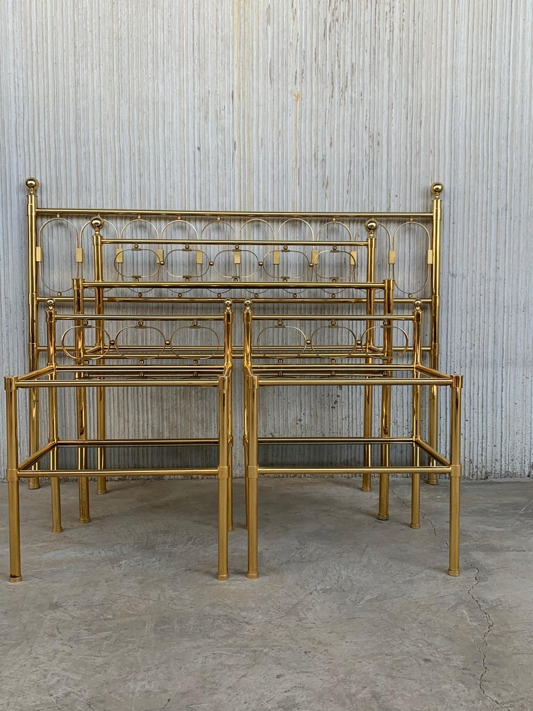 Mid Century Modern Full Brass Headboard Featuring Gometrical FIgures For Sale 1