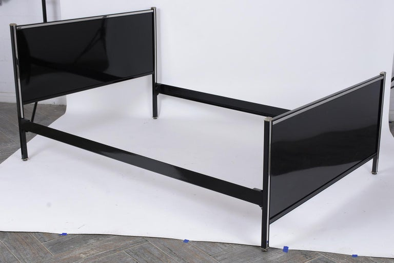 Mid-Century Modern Bed Frame & Nightstand In Good Condition For Sale In Los Angeles, CA