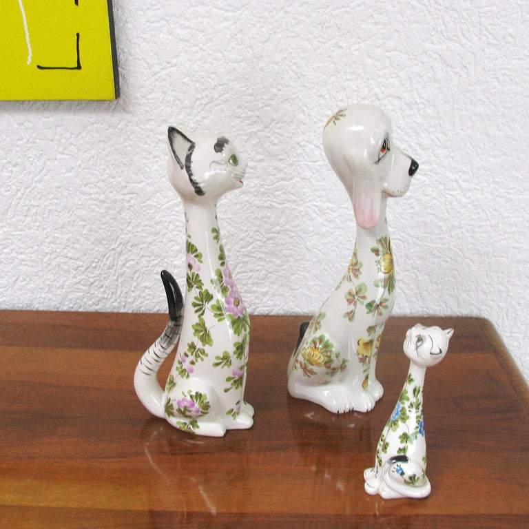 Glazed Mid-Century Modern Funny Ceramic Cats and Dog, Italy, 1970s For Sale