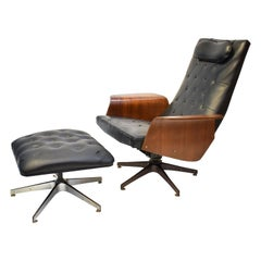 Mid-Century Modern George Mulhauser Mr Chair by Plycraft with Ottoman